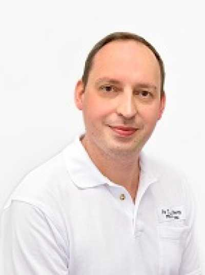 Chris Rosenburg- Allgemeinmedizin