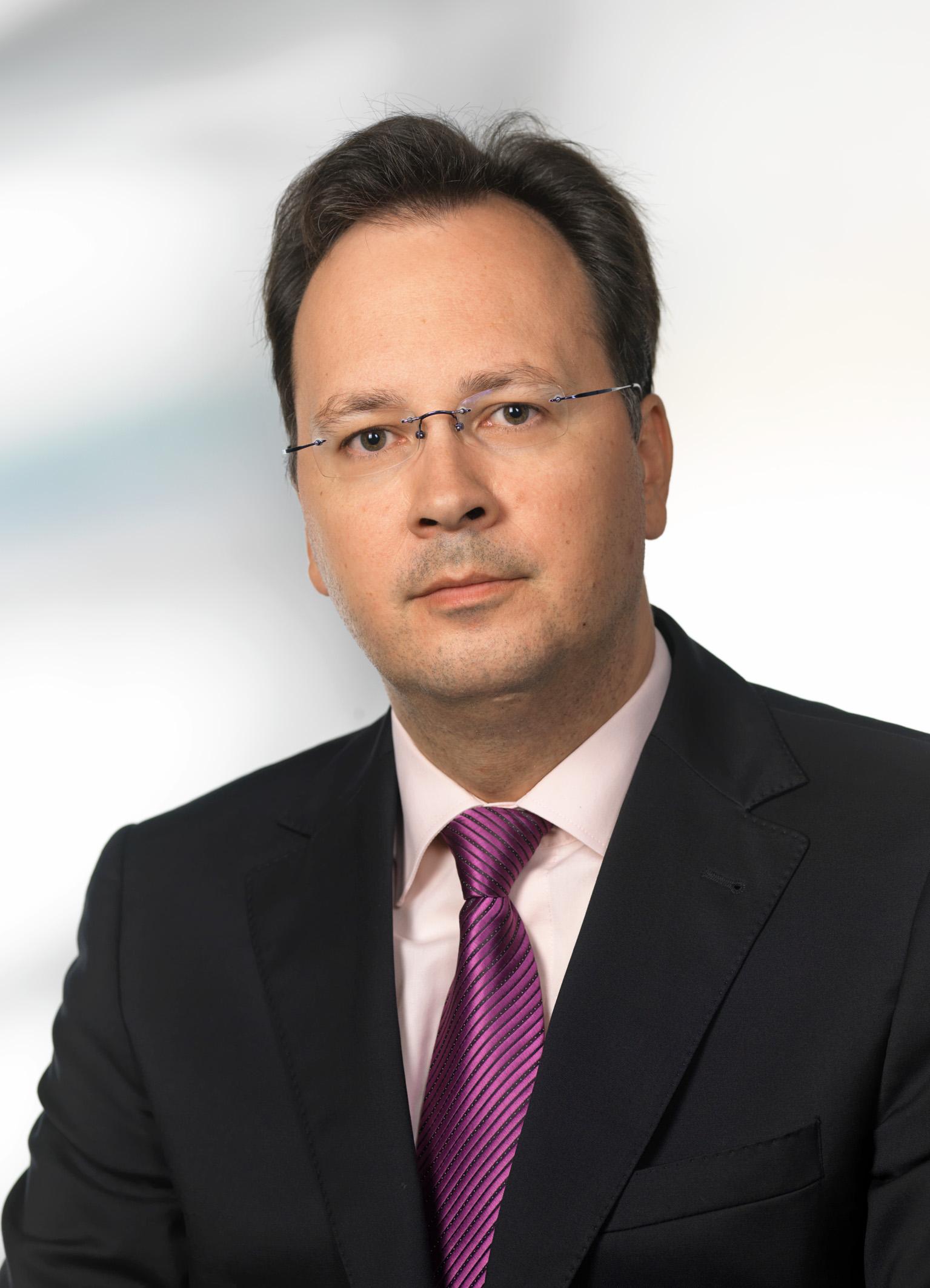 Dr. med. Marcel John