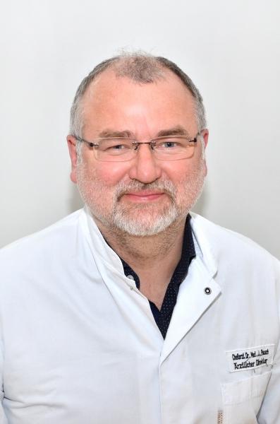 Dr med Joachim Pausch 2 1